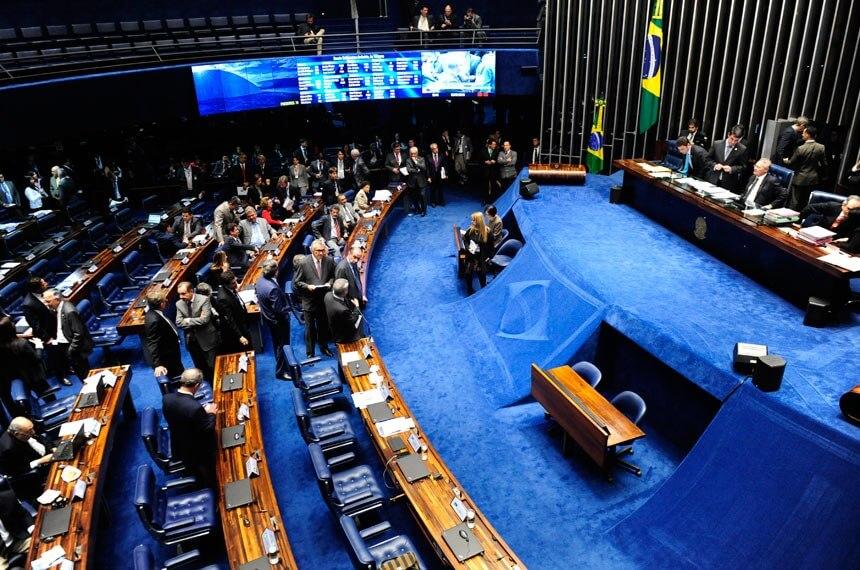 Relator da MP propõe adiar fim das desonerações sobre folha de pagamento